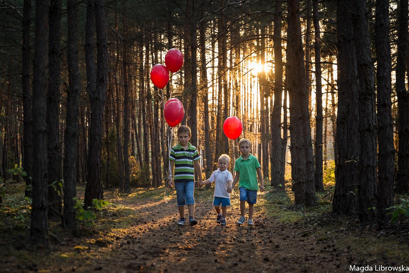 BLOG-sesja-rodzinna-w-lesie