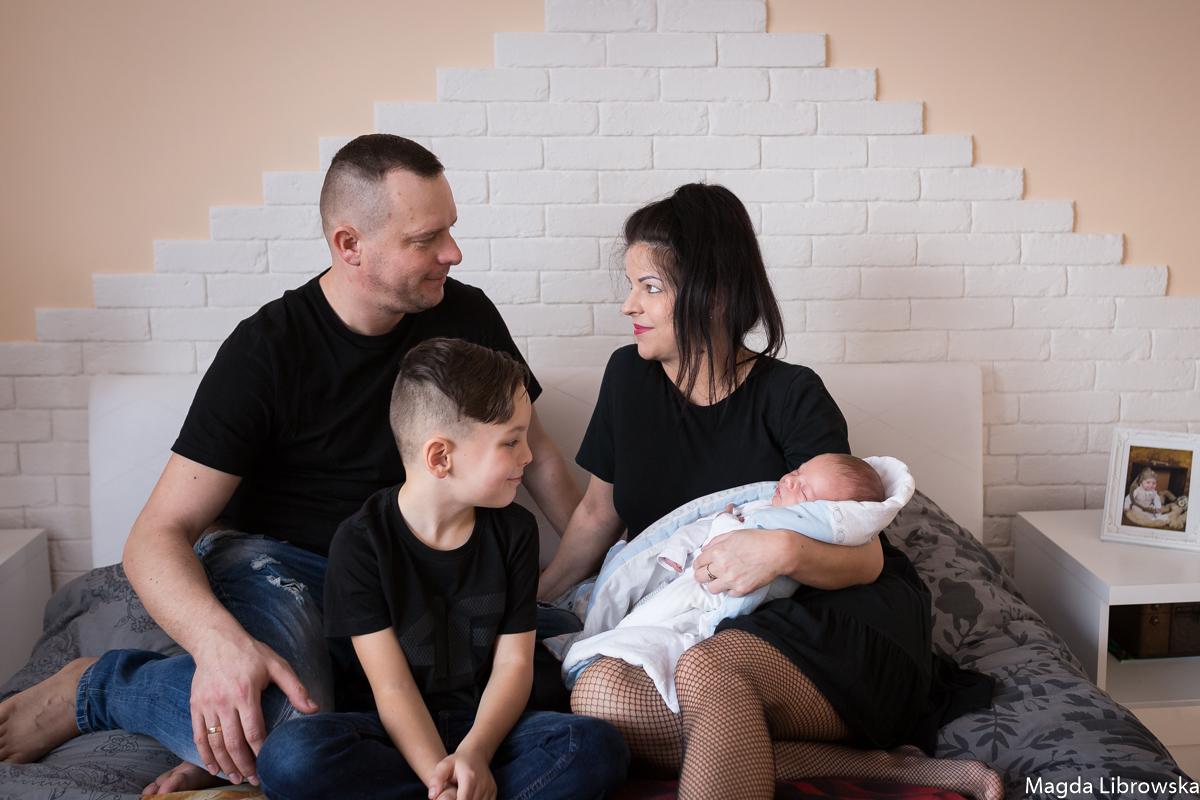 Sesja noworodkowa Szymonka w domu (7 of 28)